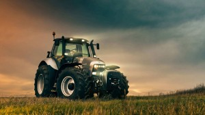 lamborghini-r8-tractor-photography-hd-wallpaper-1920x1080-14176