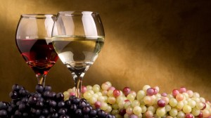 wine-wine-grapes-white-green-blue-green-red-glass-red-wine-white-wine-1920x108031