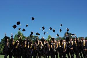 7.-Absolventi
