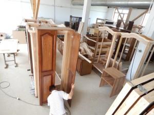 fabricare-mobila-la-comada