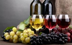 vin-alb-vin-rosu-struguri-sticle11