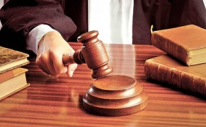 judecator-instanta-825x510